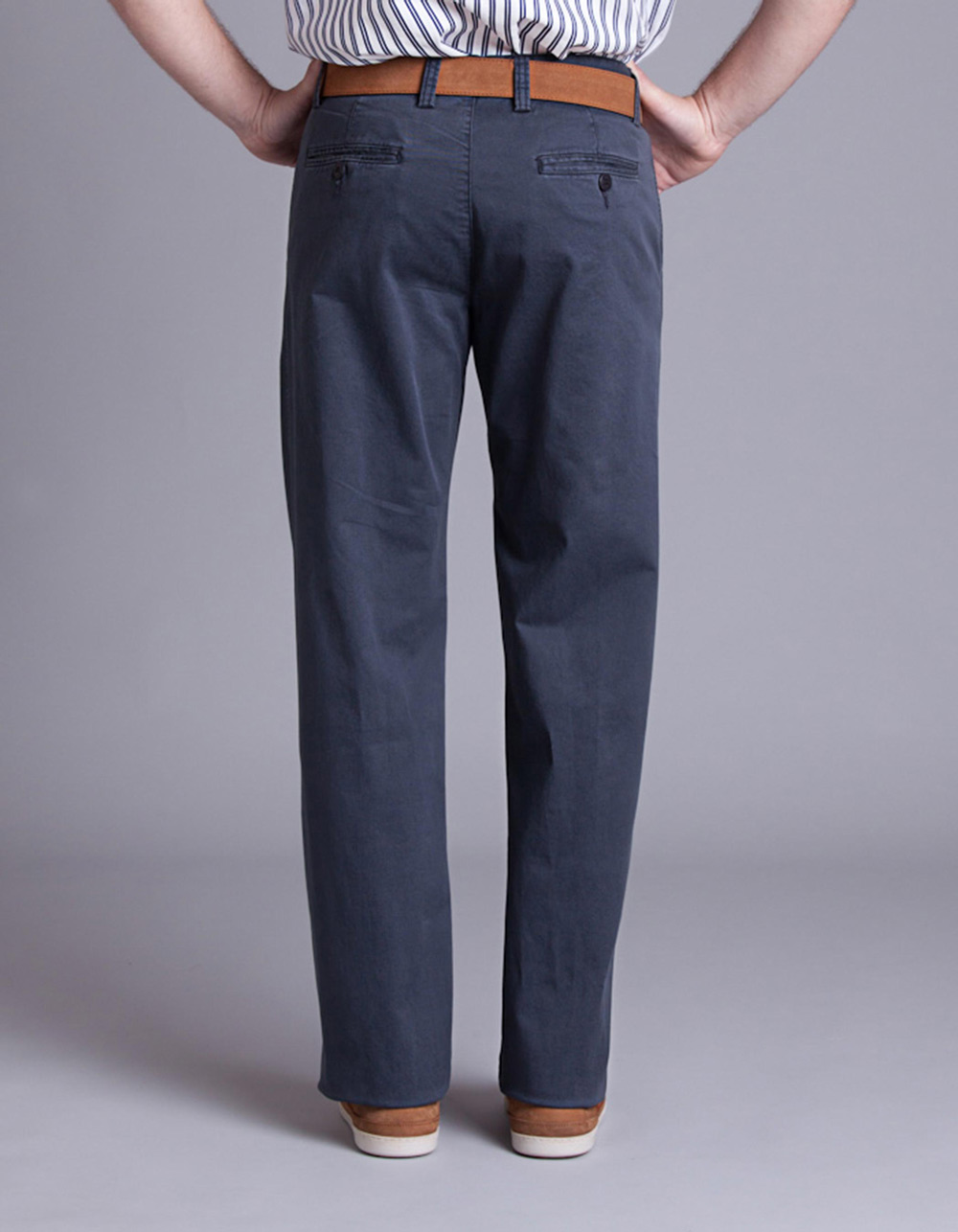 Navy chinos trousers - Backside