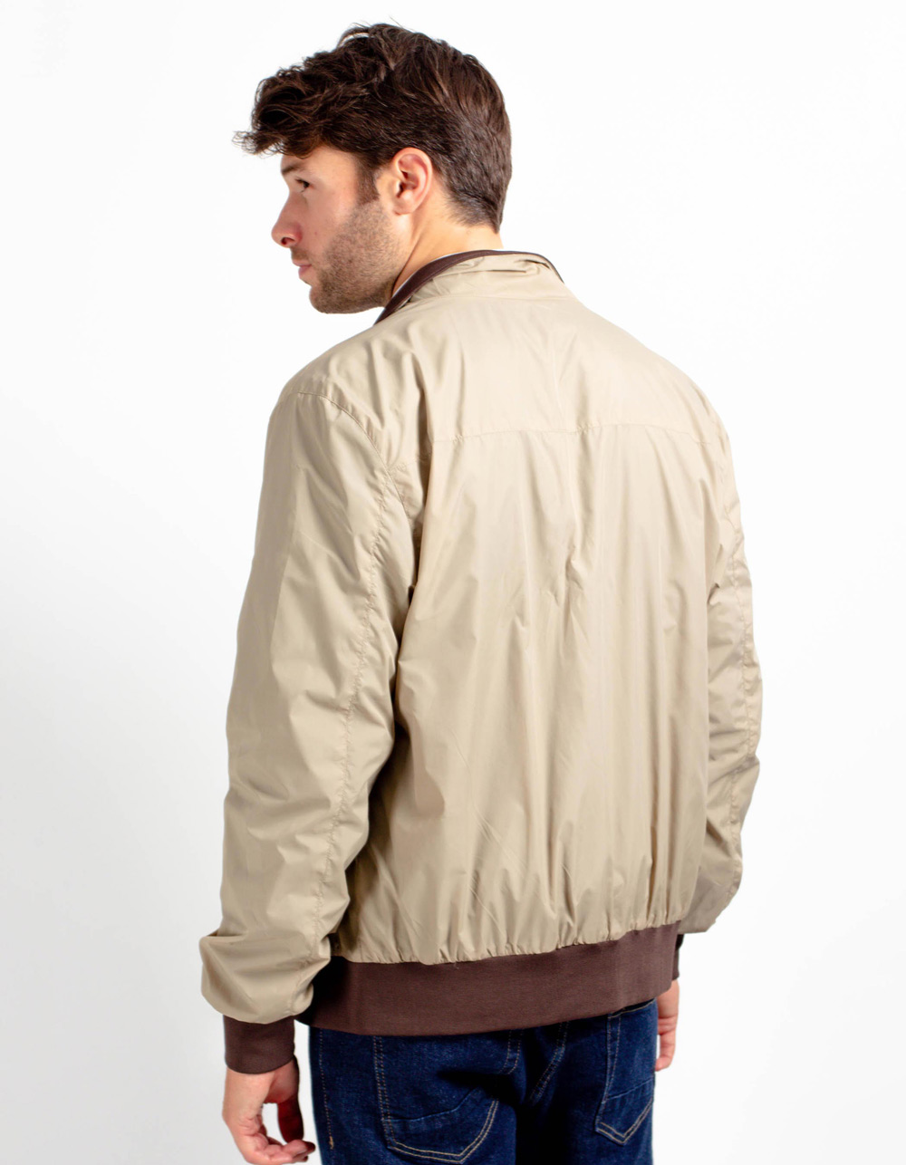 Sports windbreaker jacket - Backside