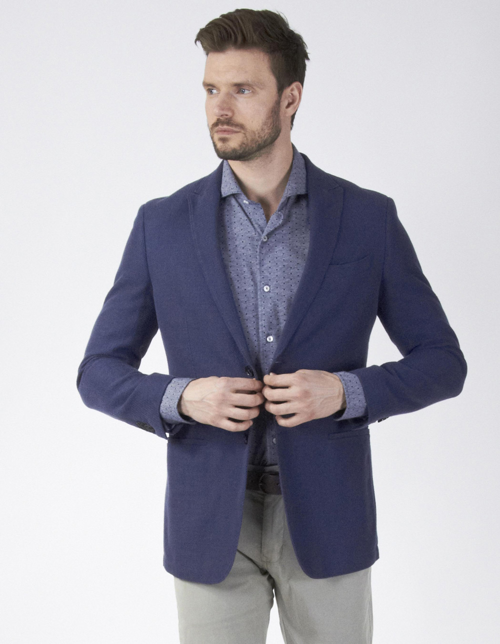 Navy blue structure blazer