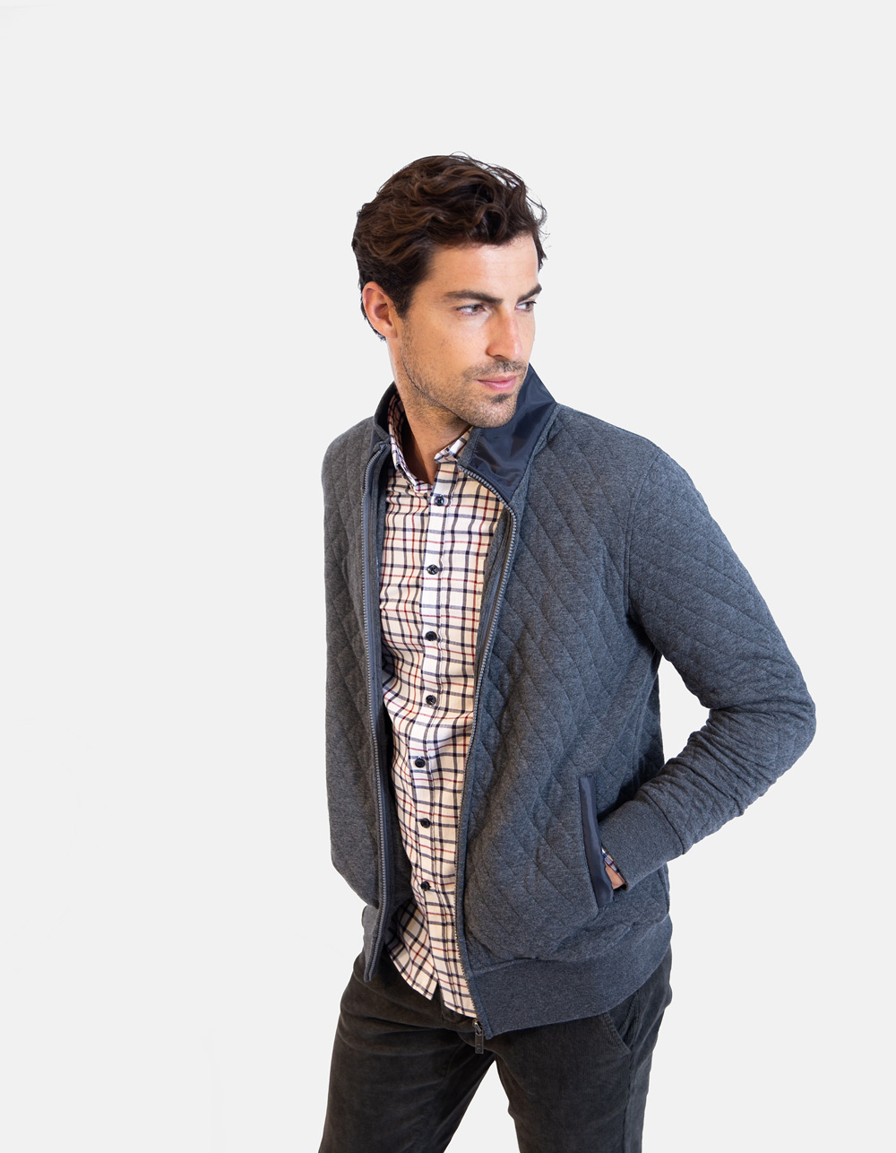 Grey knitwear zip jacket
