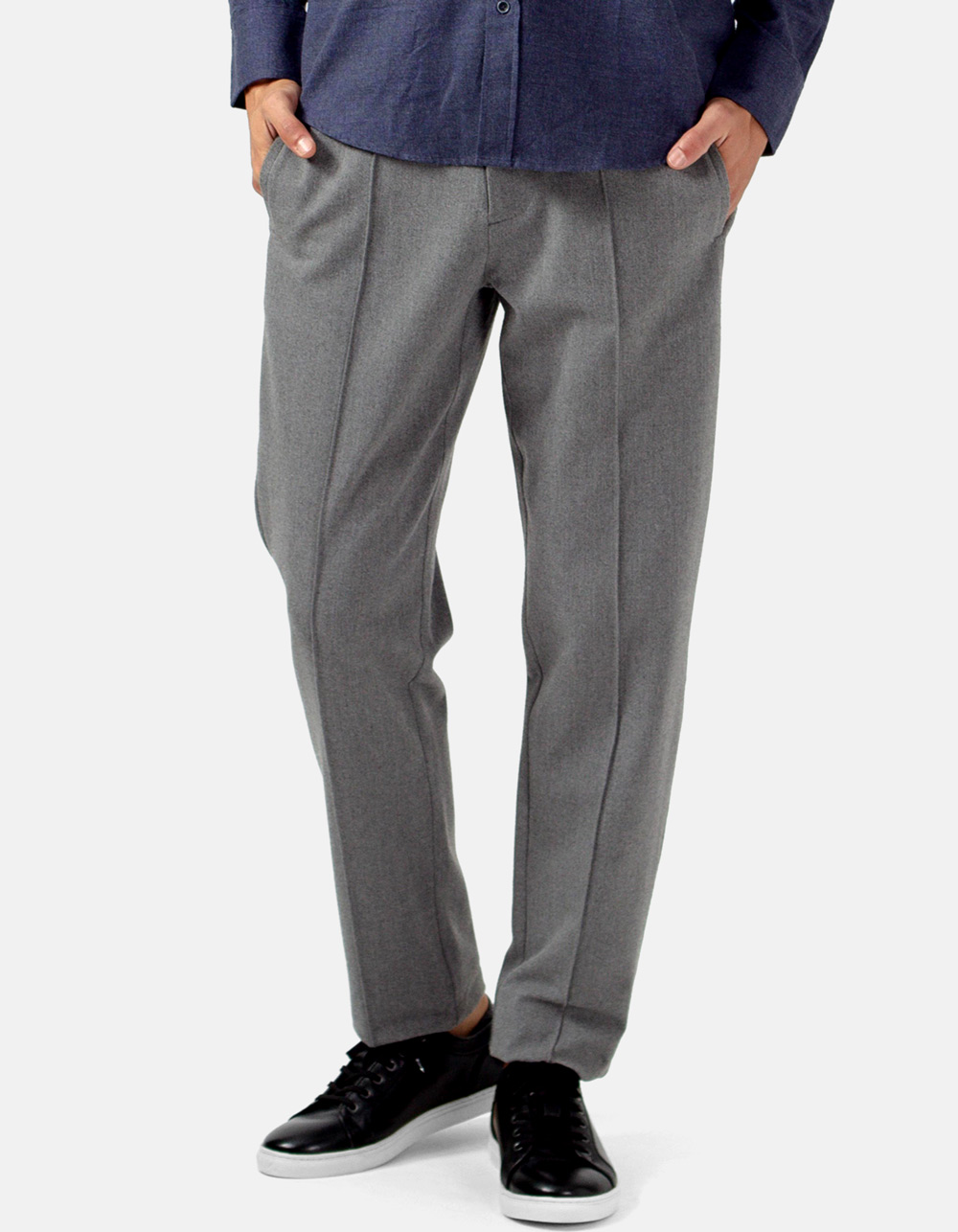 Light grey trousers with darts and wool