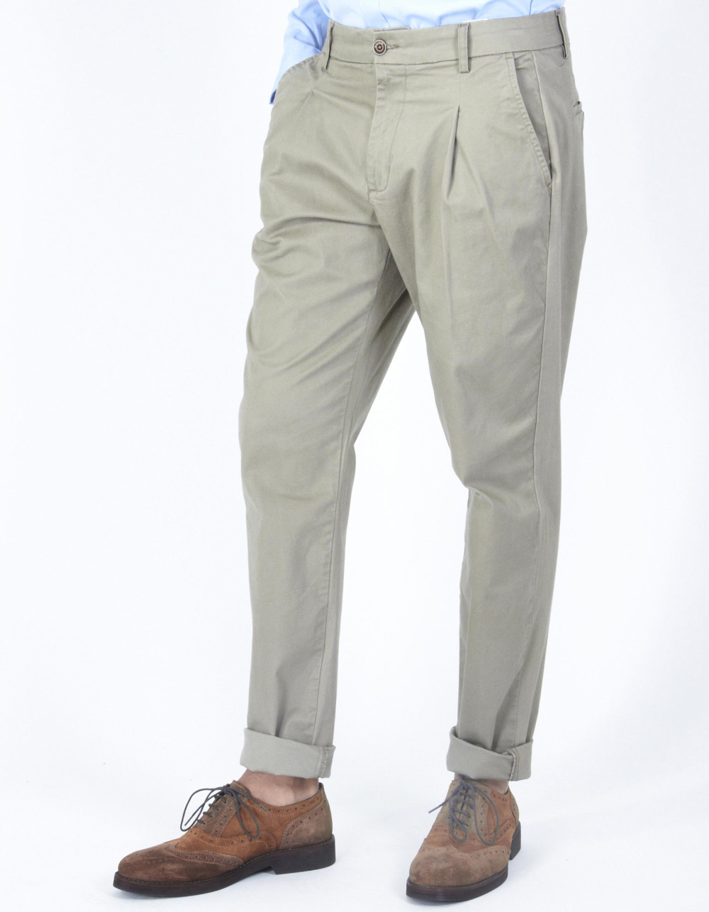 Beige trousers with darts