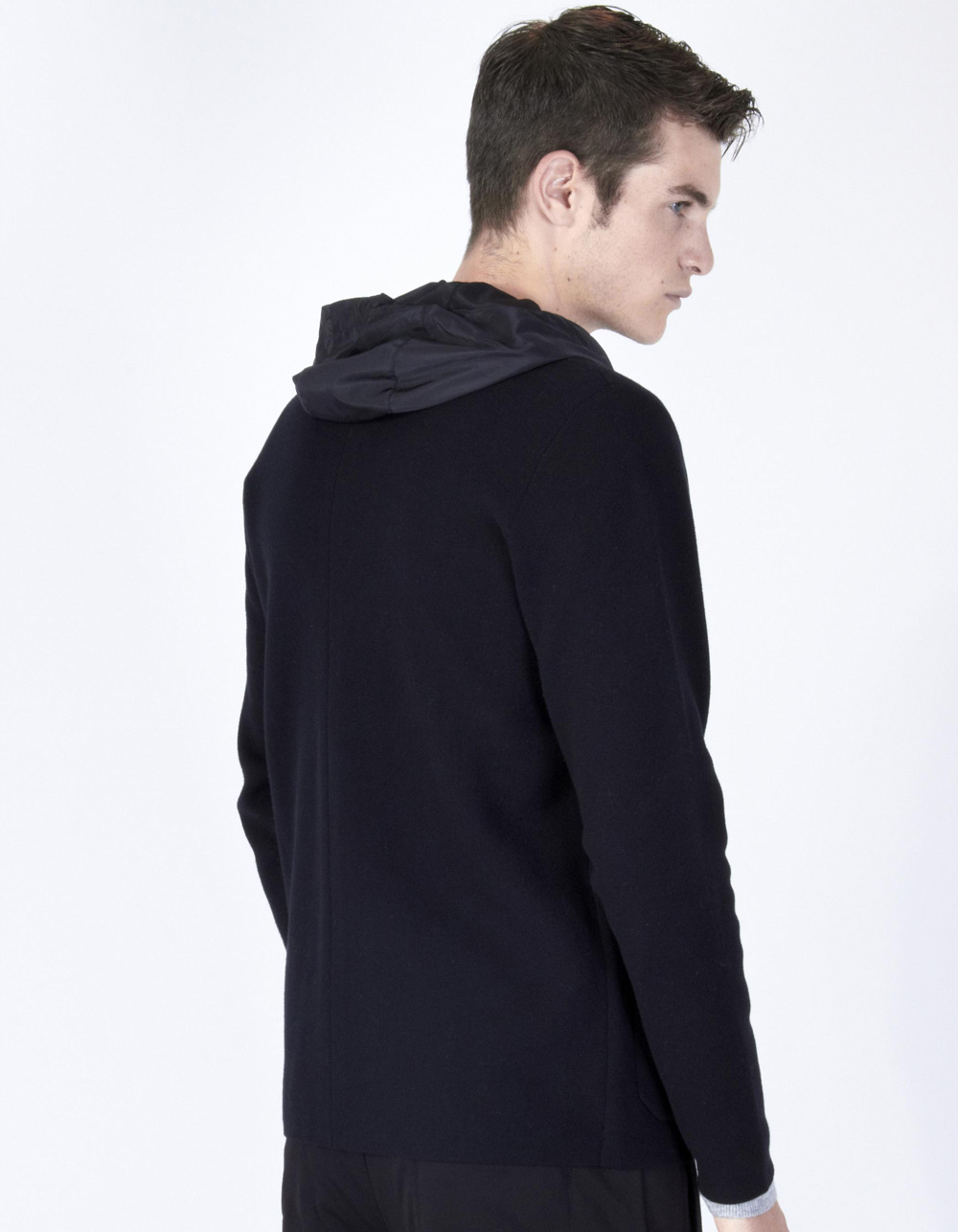 Black knitted jacket with hood - Backside