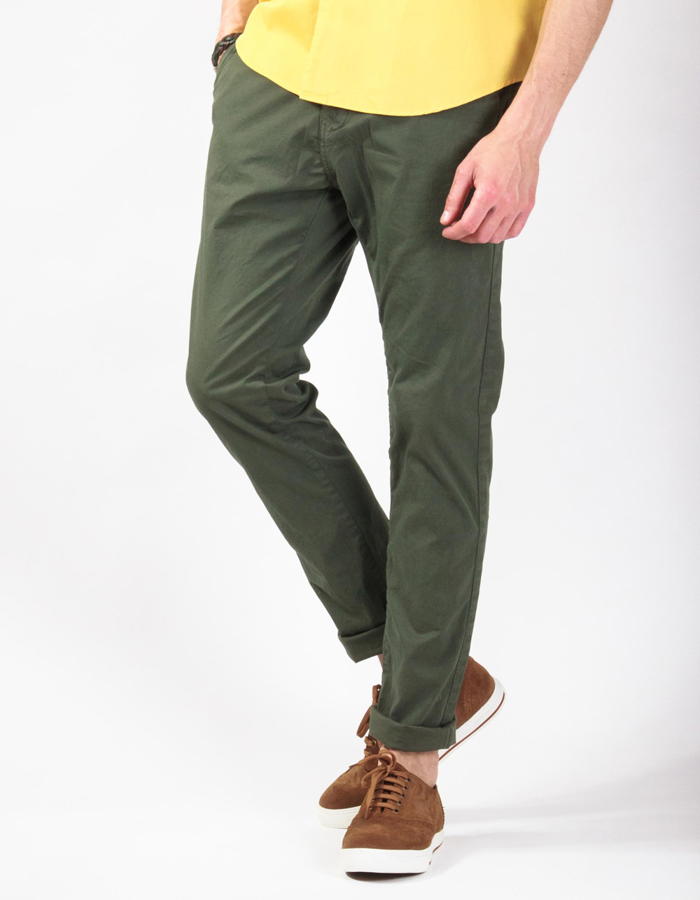 Kaki chinos trousers