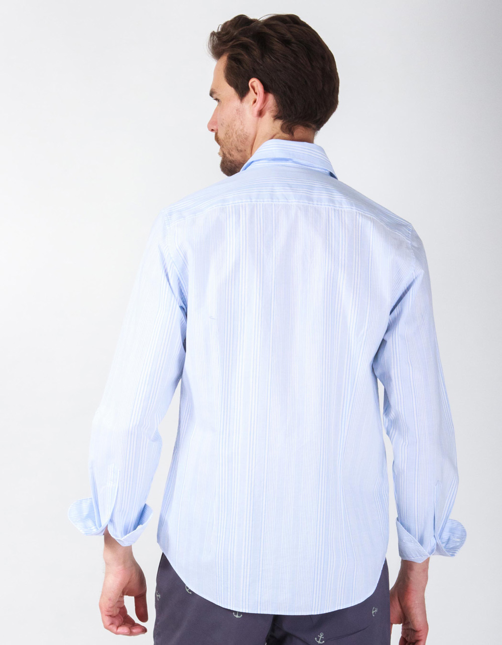 Blue and white striped shirt - Backside