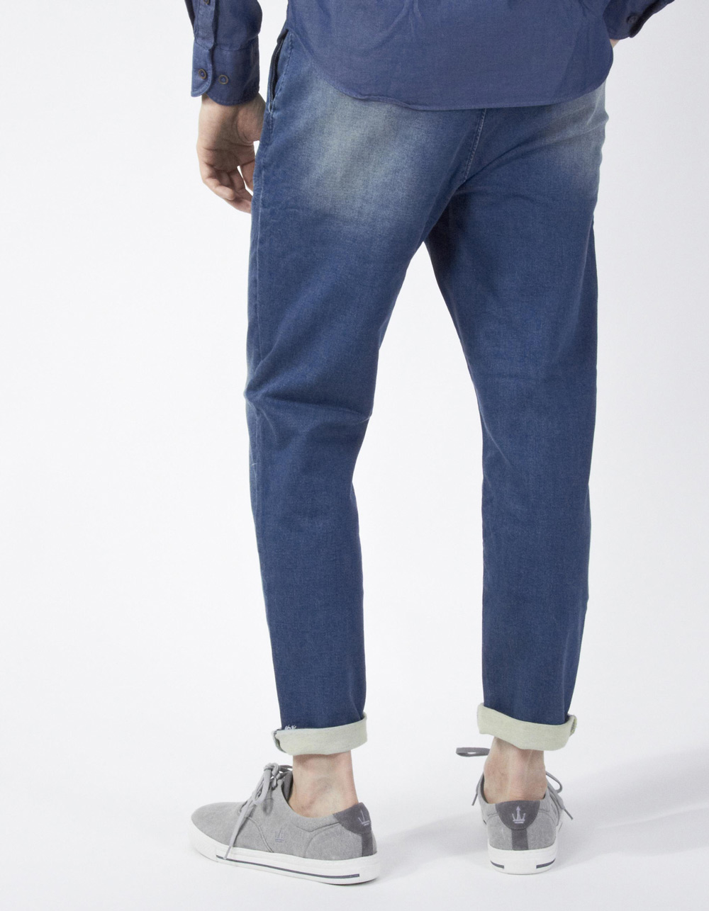 Denim trousers with darts - Backside