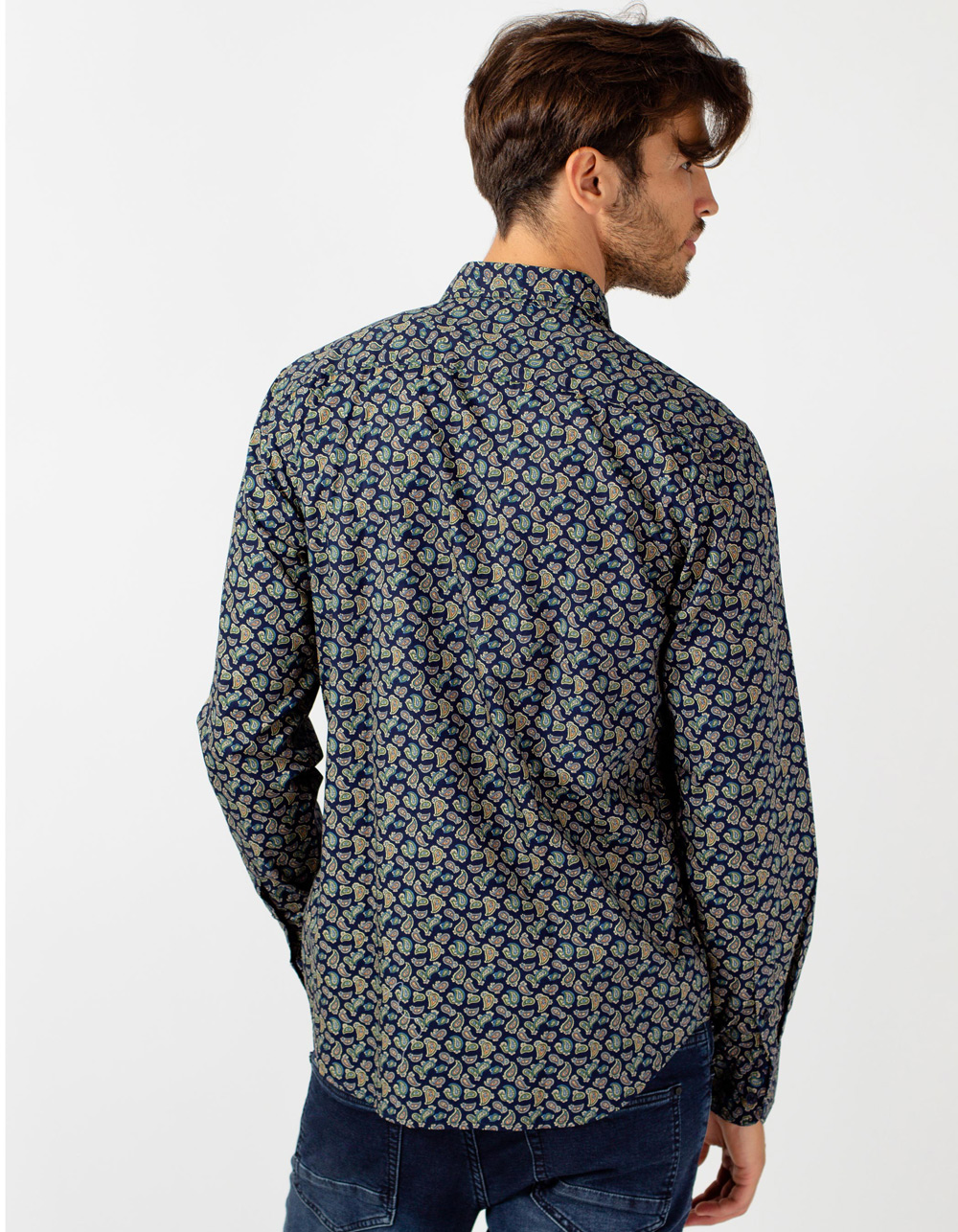 Printed shirt with cashmere pattern - Backside