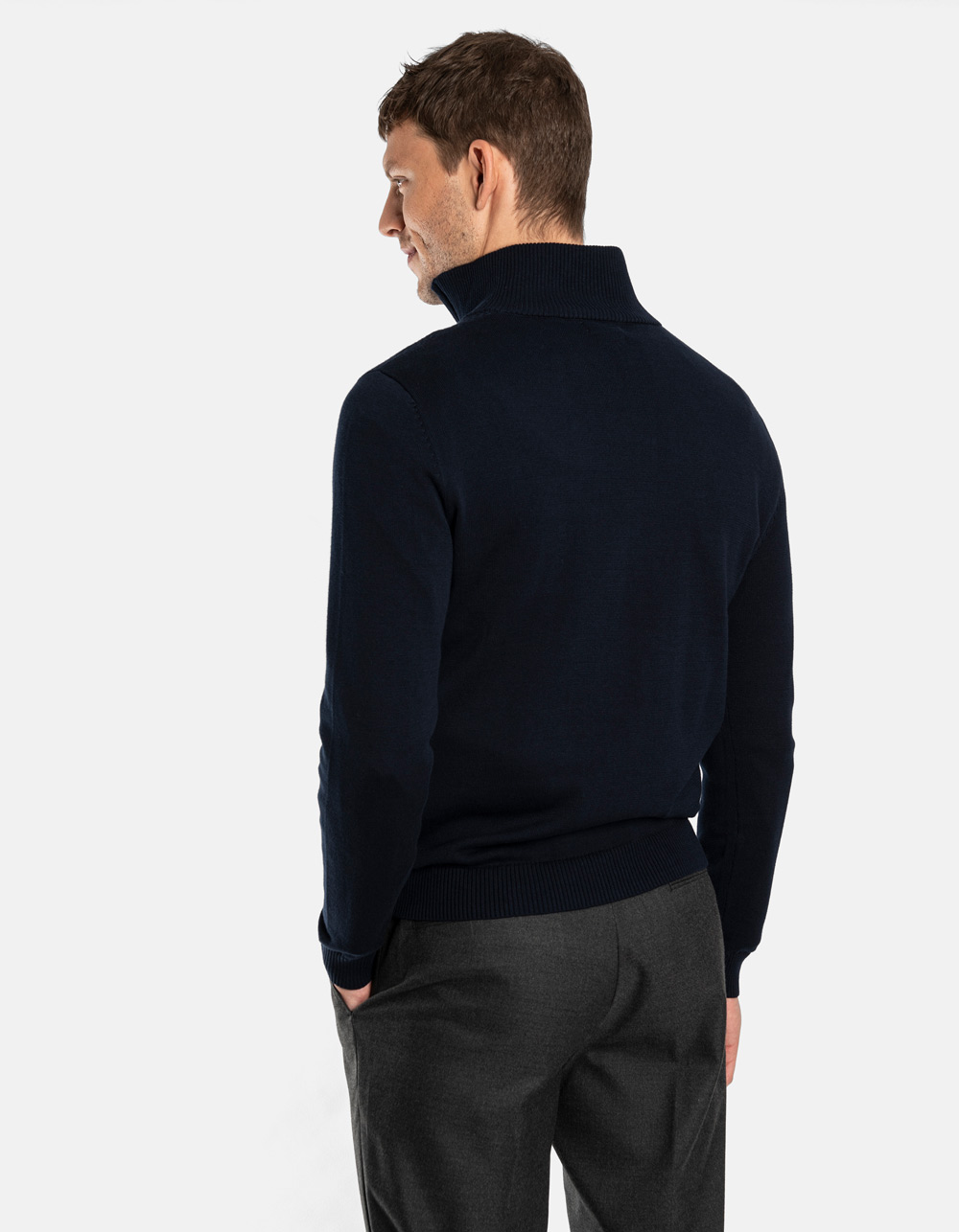 Dark Navy neck sweater with zip - Backside