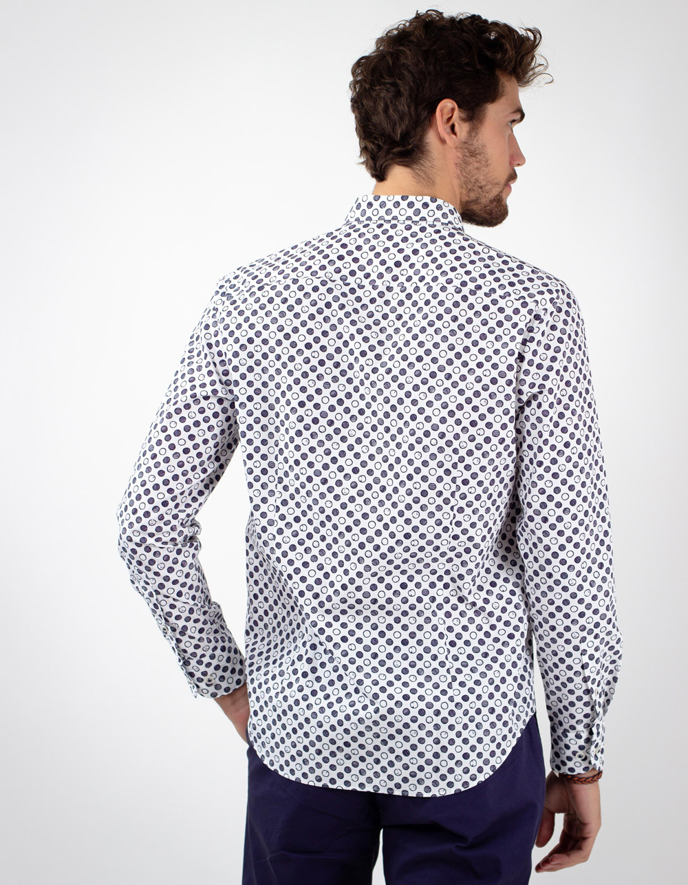 White shirt with print circular blue - Backside