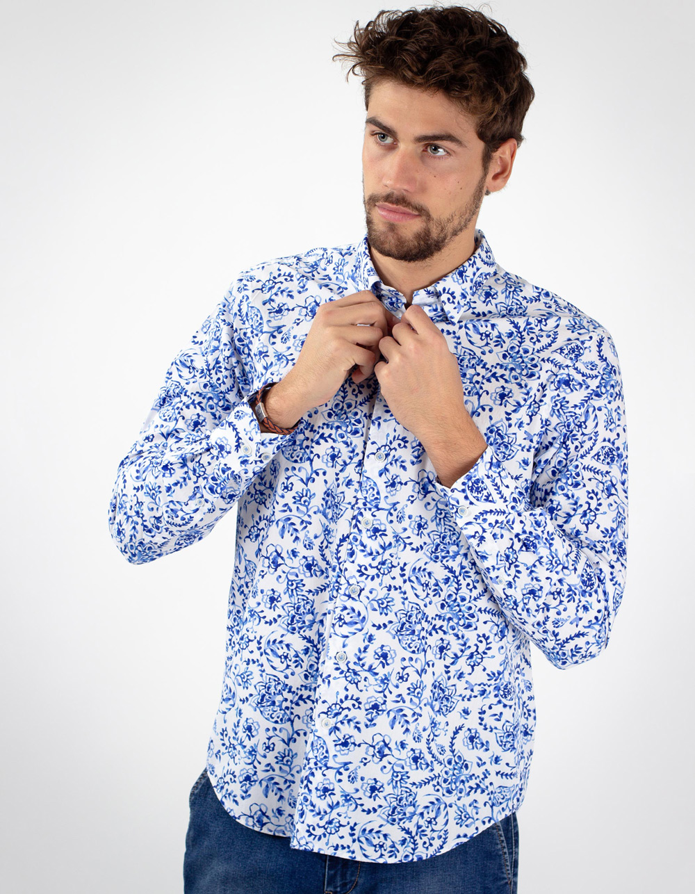 Blue floral print white shirt