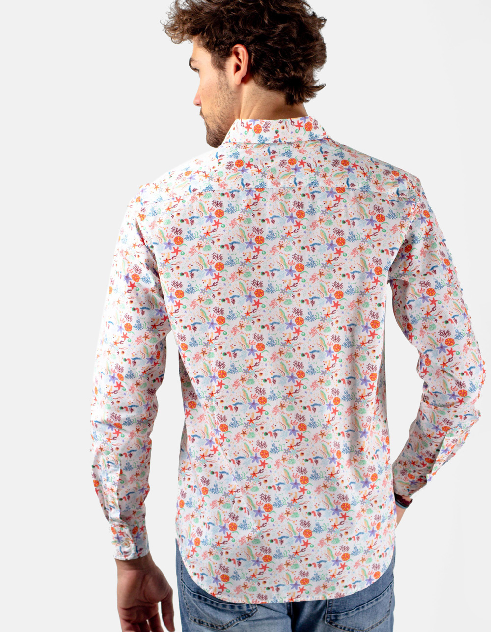 Camisa blanca estampada colores varios - Backside