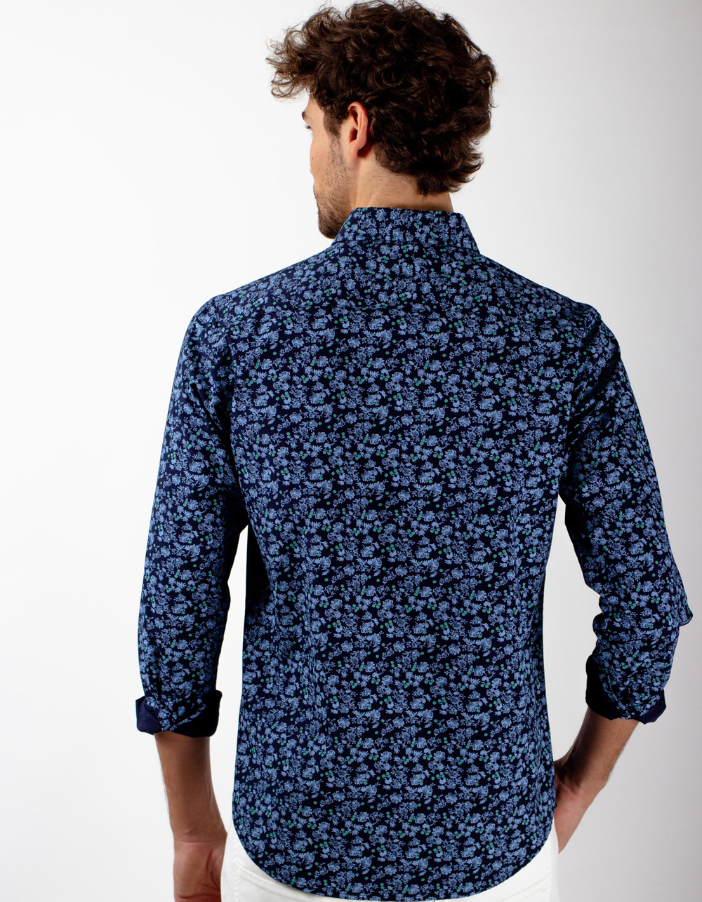 Camisa azul marino flores - Backside