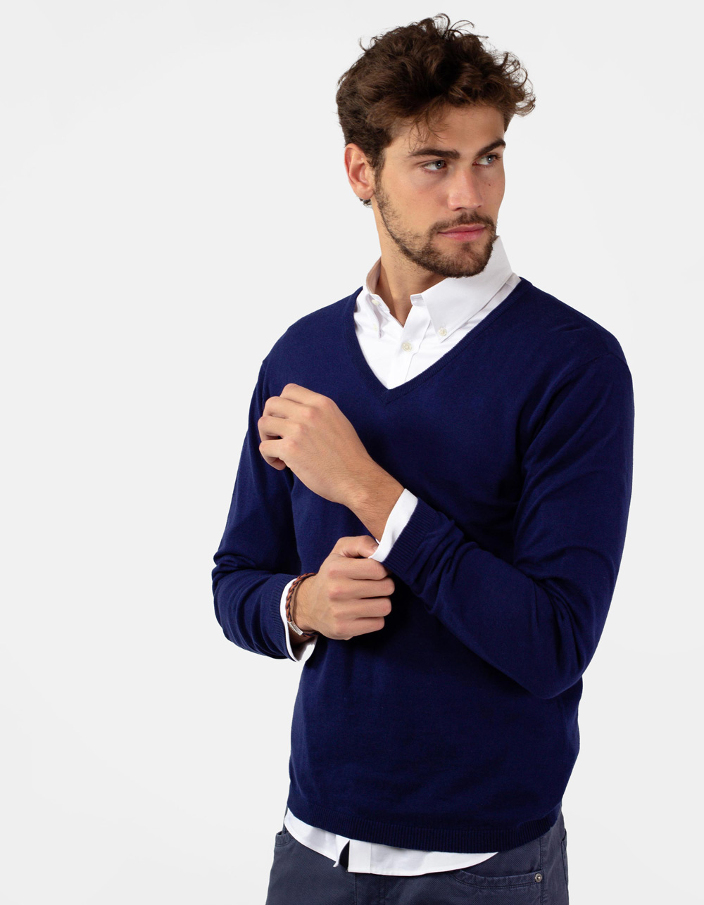 Blue basic v-neck sweater