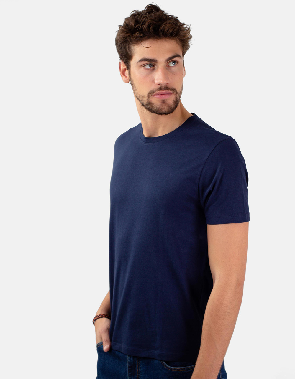 Navy round collar t-shirt