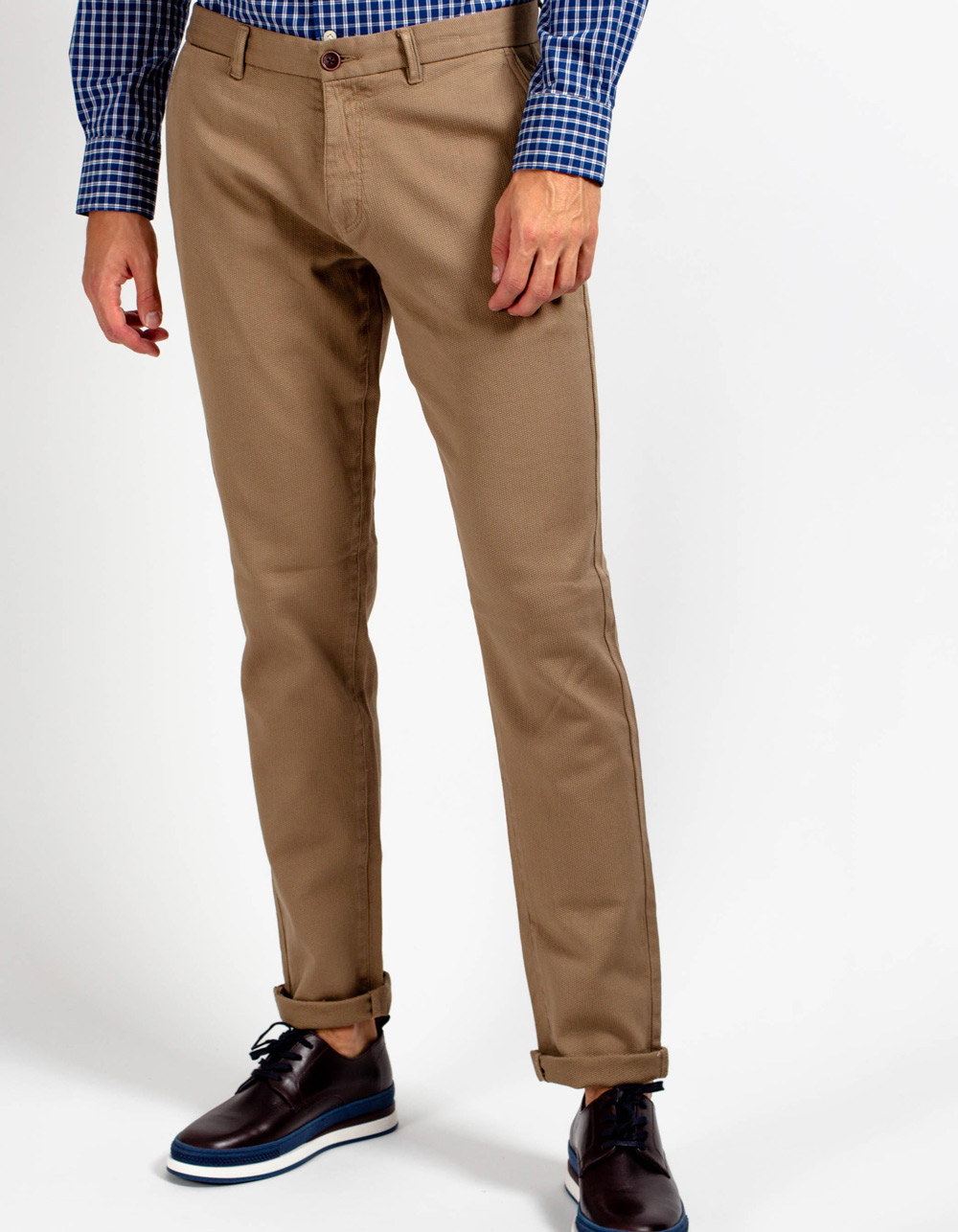 Beige micro-structure pant.