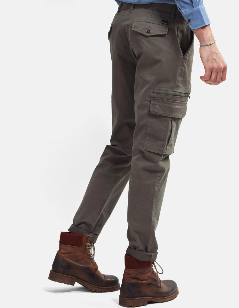 Green cargo trousers - Backside