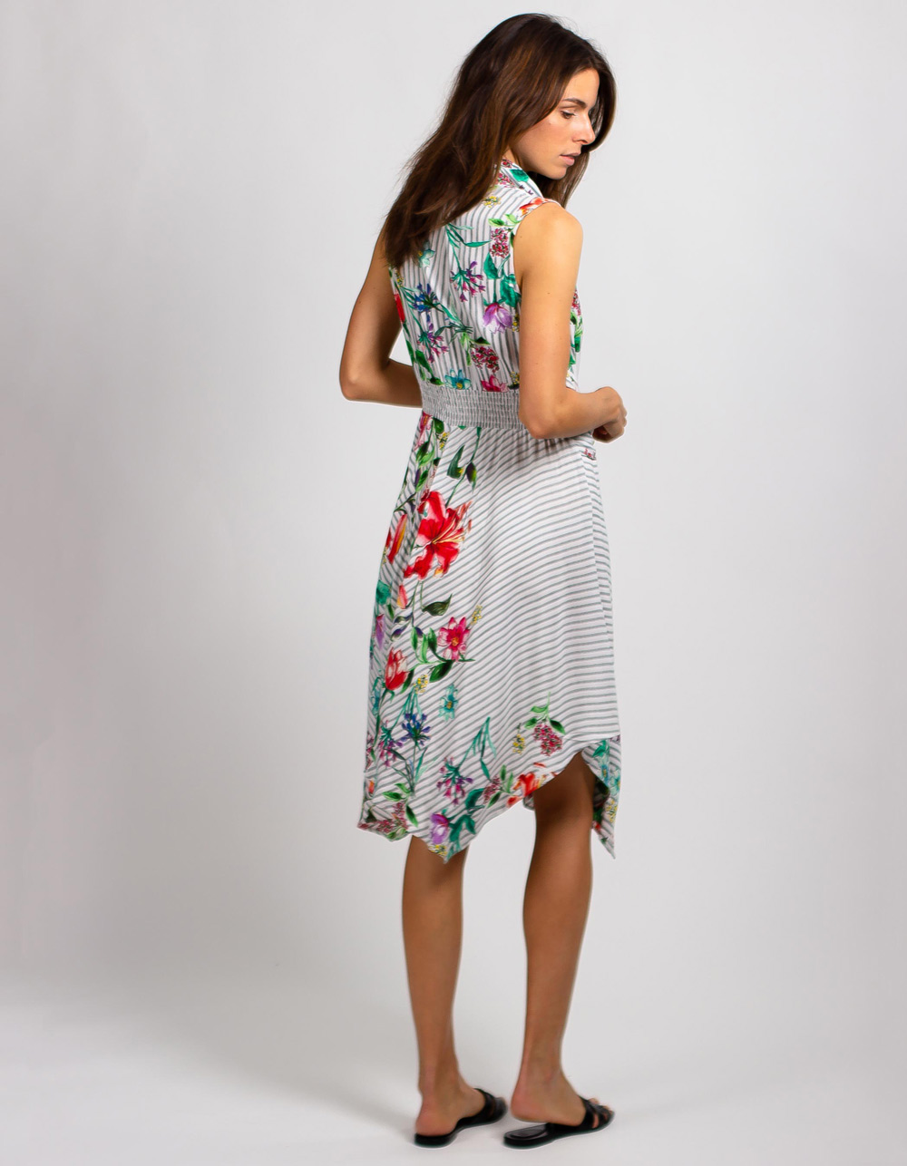 Vestido con estampado floral - Backside