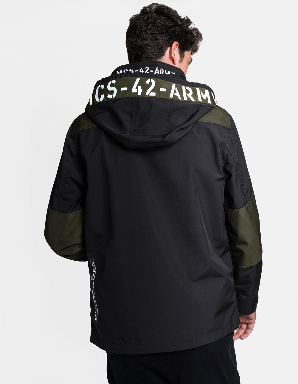 Technical waterproof parka - Backside