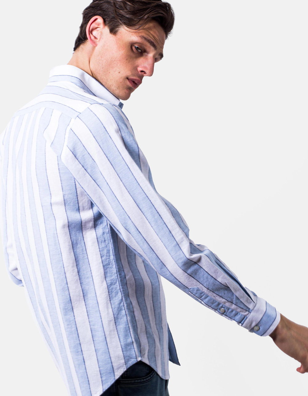 White blue striped shirt - Backside