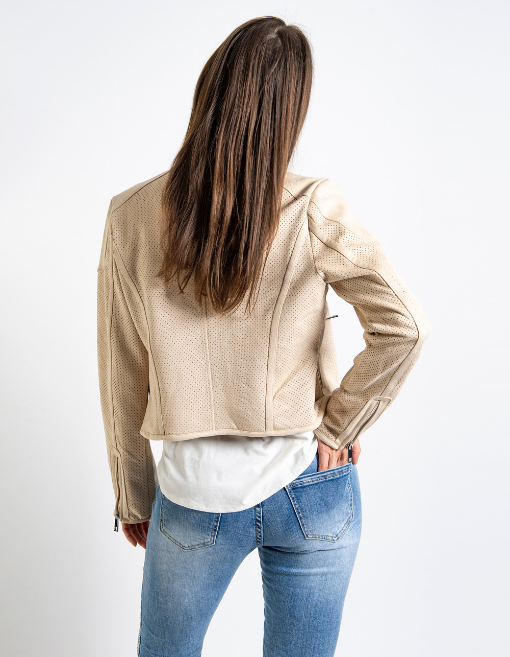 Chaqueta corta tipo antelina - Backside